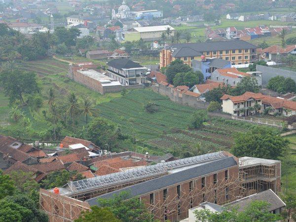 Panorama alam Desa Sayang (foto: Panoramio MS Kamarudin)