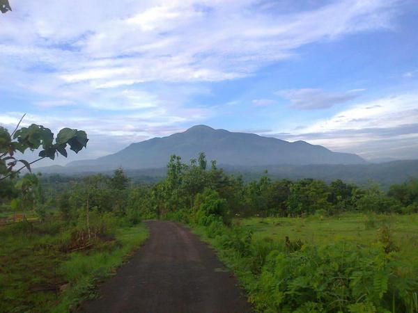 Panorama alam Desa Ungkal (foto: facebook acong