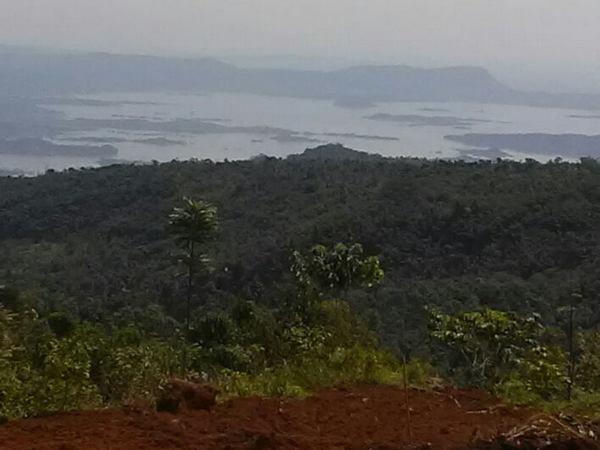 Panorama alam Jatigede dari Desa Cilengkrang (foto: facebook Desa Cilengkrang)
