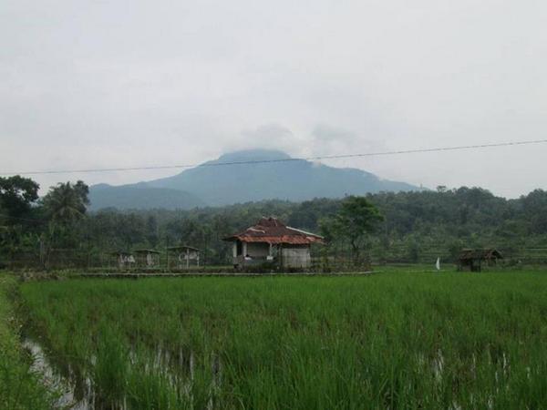 Panorama alam Paseh Kaler (foto: facebook Iis Wannasiri)
