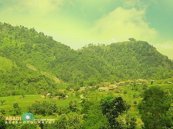 Salah satu pemandangan alam Desa Cimanintin (foto: Asephotography)