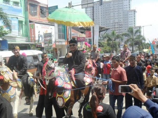 Pembukaan kembali Saung Budaya Sumedang (foto: Sumedang Ekspress)