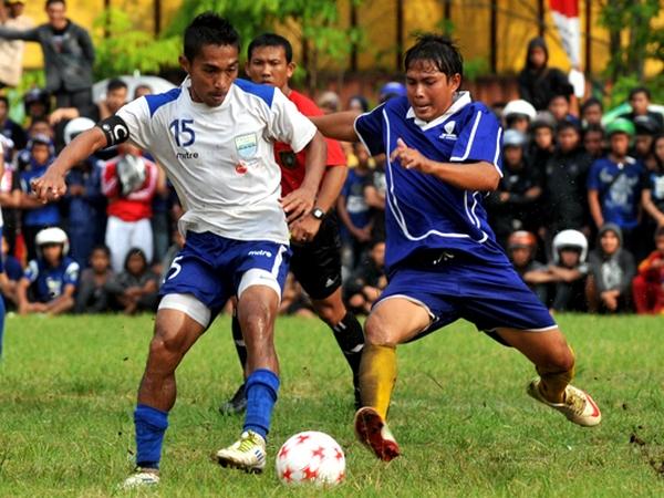 Salah satu pertandingan antara Persib Bandung melawan Perses Sumedang
