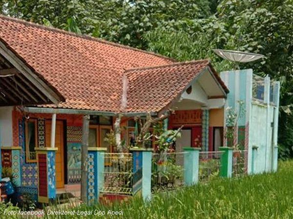 Dinding rumah warga yang dilukis