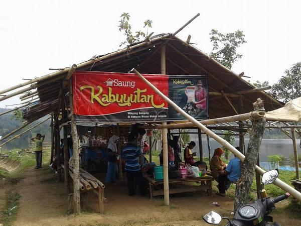 Saung Kabuyutan di Pasir Tugaran (foto: facebook Gendar Kabuyutan)