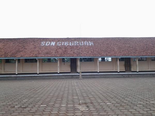 Salah satu bangunan SD Negeri Ciburuan