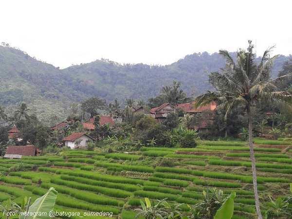 Kampung Batugara