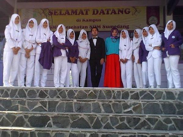 Sebagian siswa SMK Kesehatan SDM