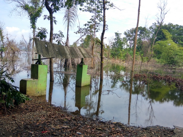 Gerbang Situs Curug Mas (foto: g+ Muhtar Aripin)