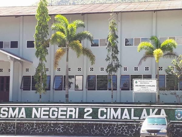 SMA Negeri 2 Cimalaka (foto: internet)