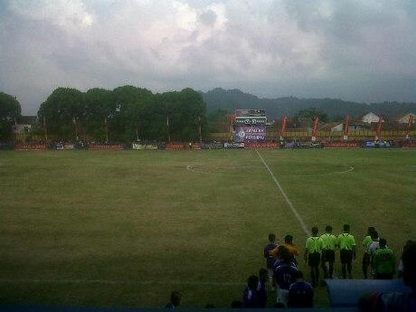 Stadion Ahmad Yani (foto: internet)