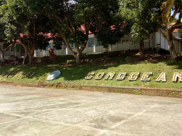 Suasana SMA Negeri Conggeang (foto: g+ adi brata)