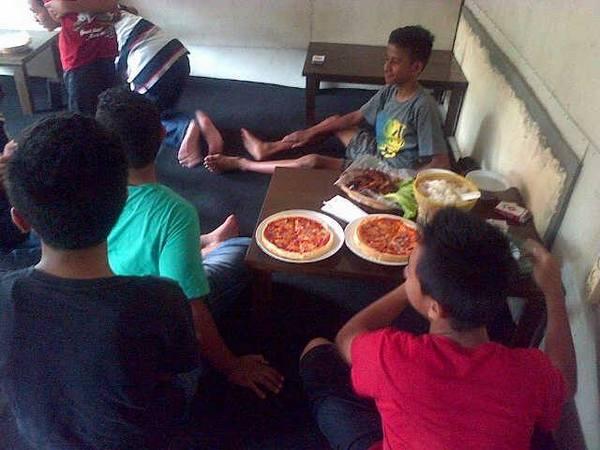 Suasana di Bugen Pizza