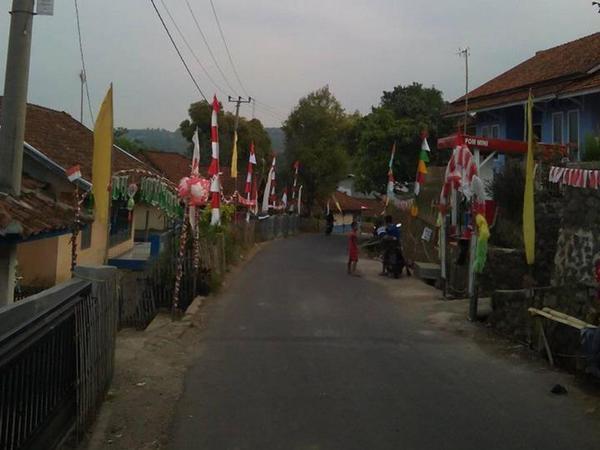 Sudut Desa Tamansari (foto: facebook Yeyeh Uchu S)