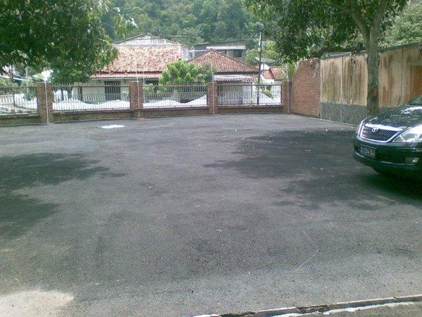 Tempat Parkir yang luas