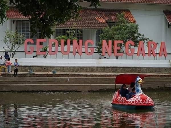 Wisata di Empang (foto: facebook Dony Ahmad Munir)
