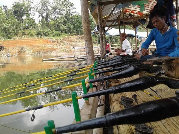 Wisata mancing di Pasir Tugaran (foto: facebook Gendar Kabuyutan)
