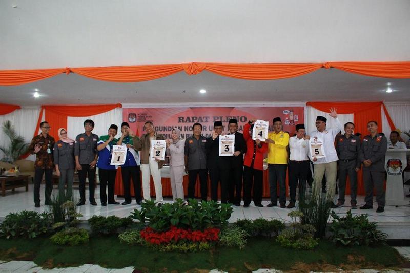Penentuan Nomor Urut Calon Bupati dan Wakil Bupati Sumedang di Pemilukada Sumedang 2018
