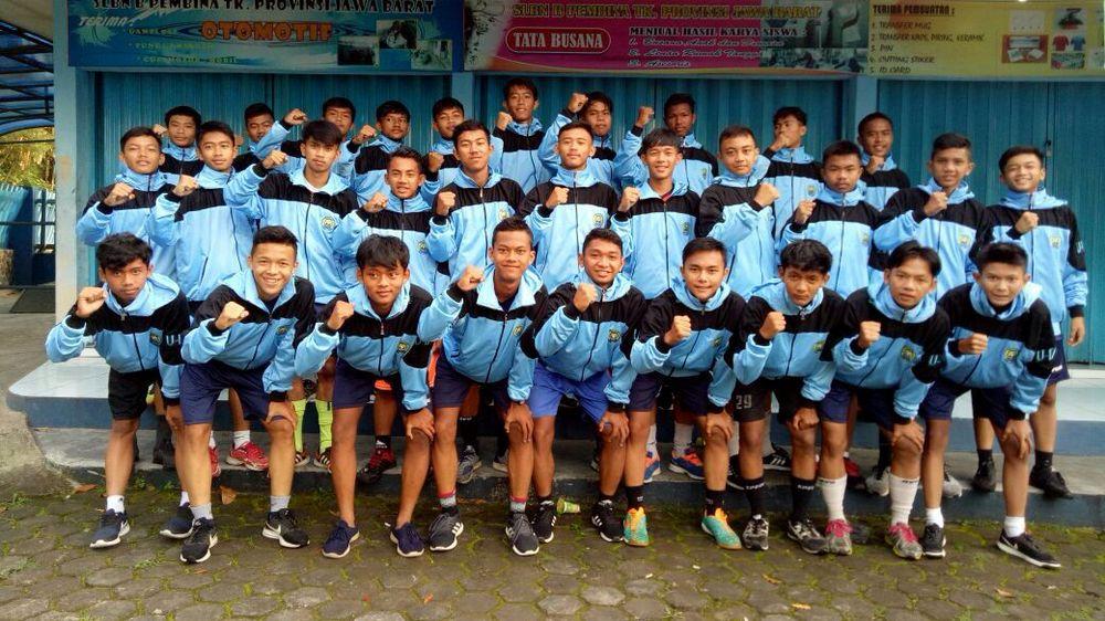 Kado Hari Jadi Sumedang ke-440 dari Perses U-17