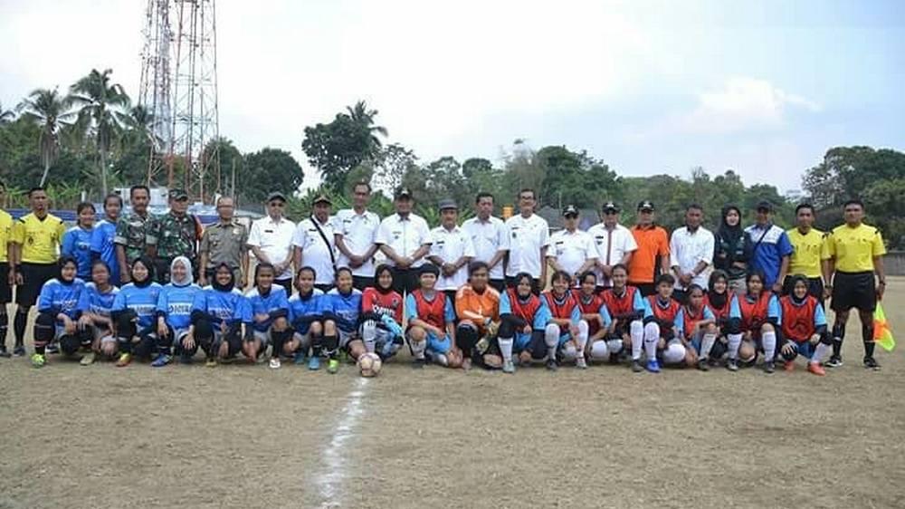 Delapan Kecamatan Ikut Kejuaraan Sepak Bola Wanita Sumedang 2018
