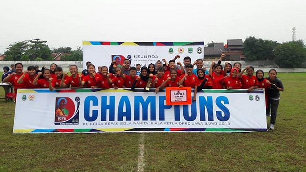 Tim Putri Sumedang Raih Juara 4