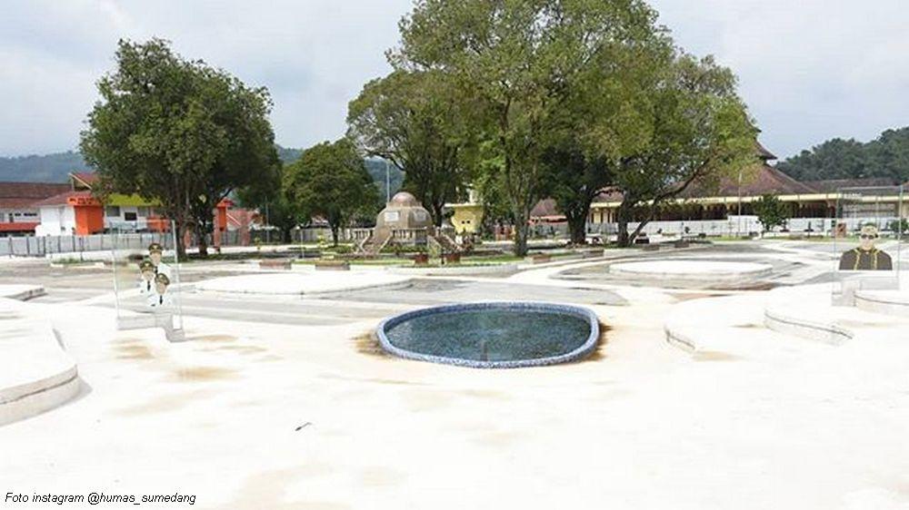Alun-alun Sumedang, Diresmikan Gubernur Jabar
